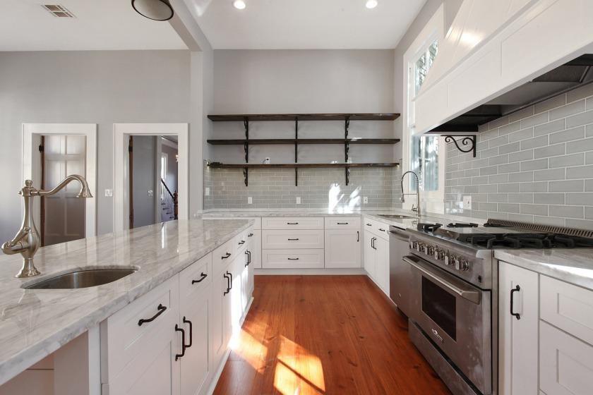 2004 kitchen after 2